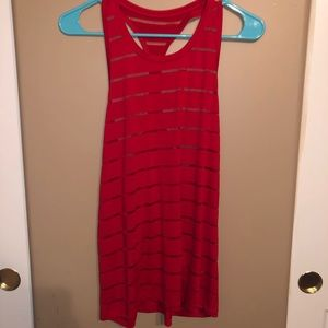 Red tank top size small